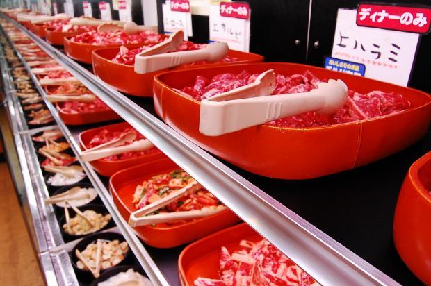 Một góc quán thịt nướng houdai (焼き肉食べ放題)