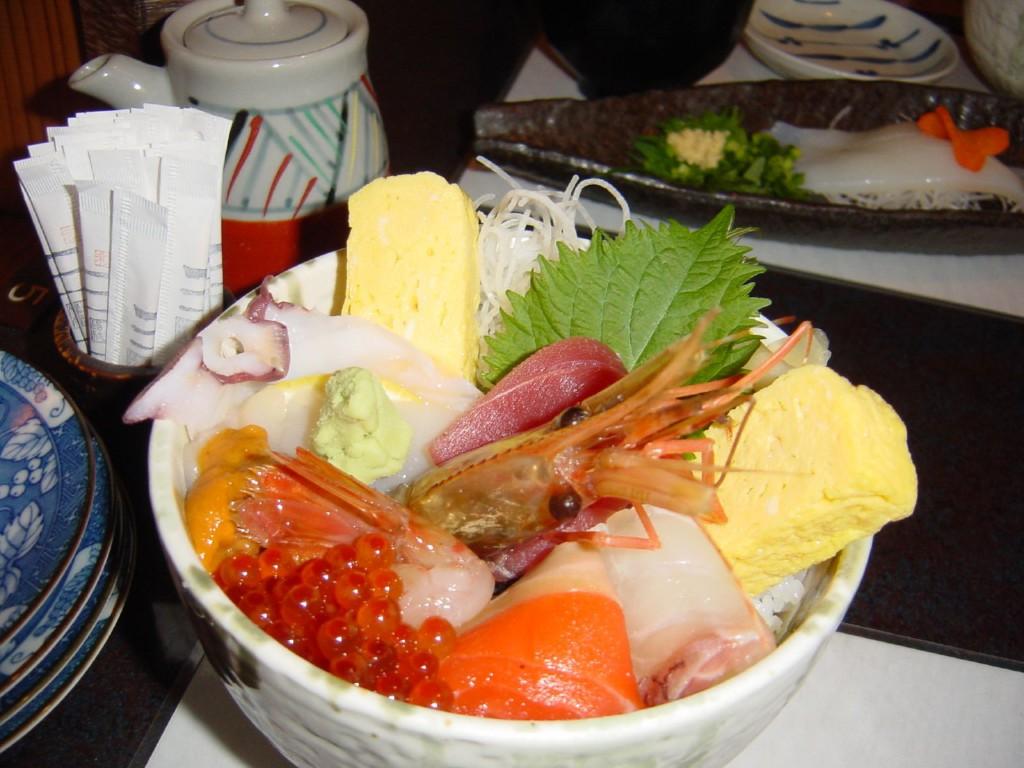 Kaisendon Hokkaido với đầy ắp hải sản tươi sống
