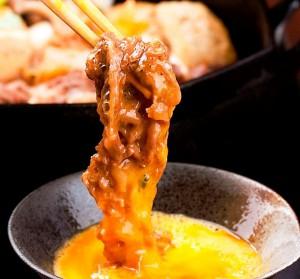 Cách ăn độc đáo của Sukiyaki có thể không ngon mắt nhưng lại hợp miệng đến lạ kỳ